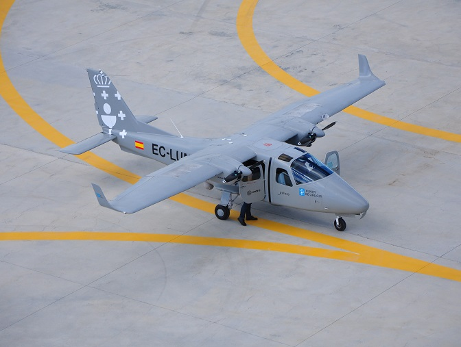 Además, Galicia tiene otra serie de ventajas geoestratégicas que la convierten en una región muy apropiada para promover el sector aeroespacial y, en particular, en el ámbito de los sistemas aéreos no tripulados.