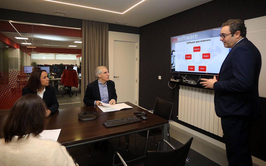 Conde apunta que la colaboración de Imatia en el Polo Aeroespacial hace visible el valor añadido con el que cuenta Galicia a través de la innovación y el talento