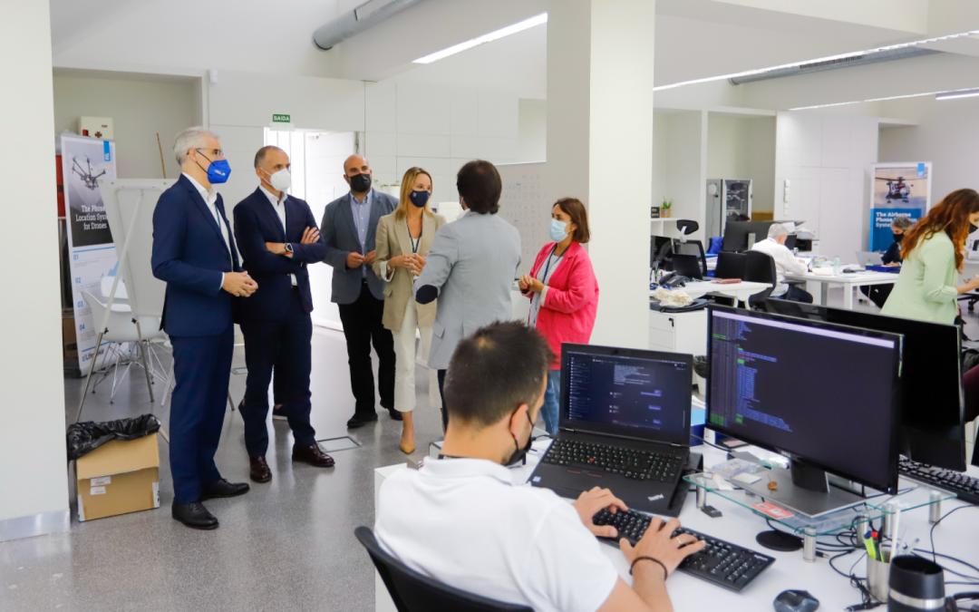Conde asegura que Galicia está preparada para afrontar nuevos retos en la industria aeroespacial a través de la Estrategia 2025 y de empresas como Centum